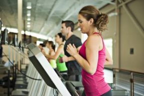woman-man-treadmill-running-300x200